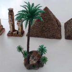 Wüste Gelände und Gebäude